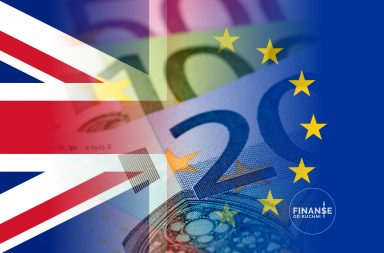 Brexit konsekwencje flaga UE i UK z banknotami euro